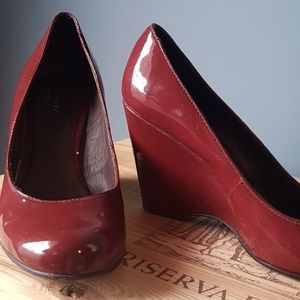 Kate Spade Burgundy / Maroon Patent Leather Wedges